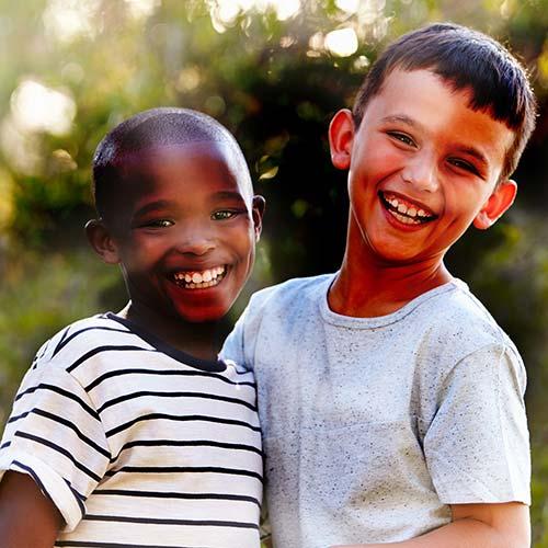 Varying Shades Distorting Image Of Kids